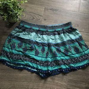 Mossimo Supply Co. Shorts - Festive Shorts w/pockets